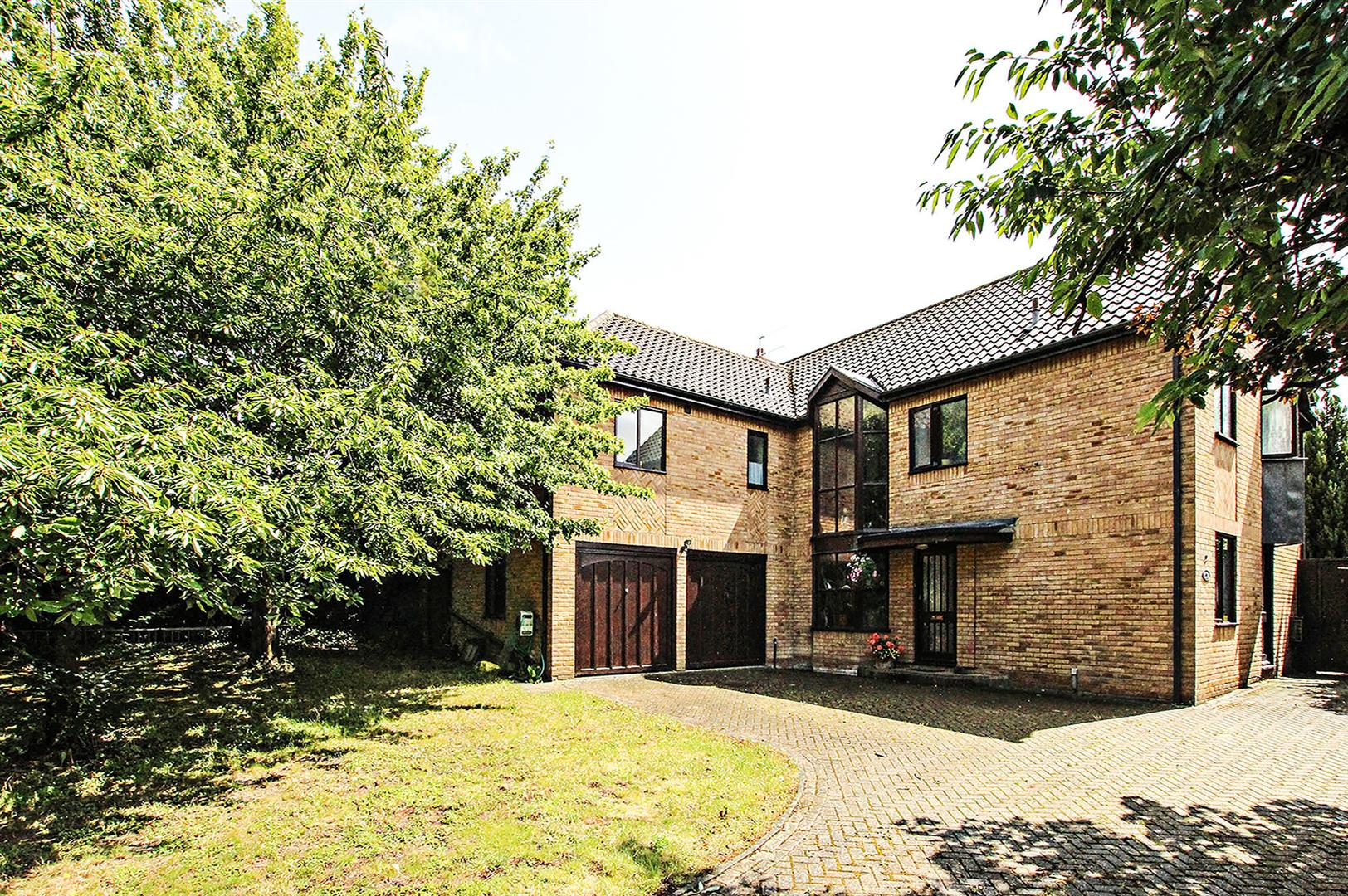 Swan Grove, Exning, Newmarket